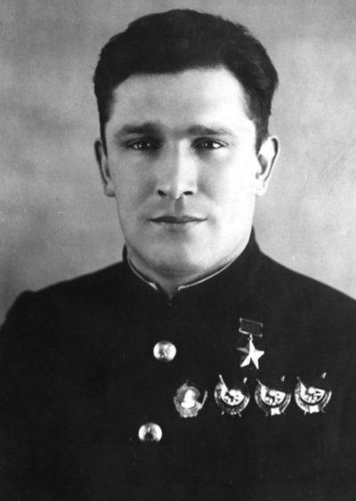 Дважды Герой Советского Союза Сафонов Борис Феоктистович (13.08.1915-30.05.42)