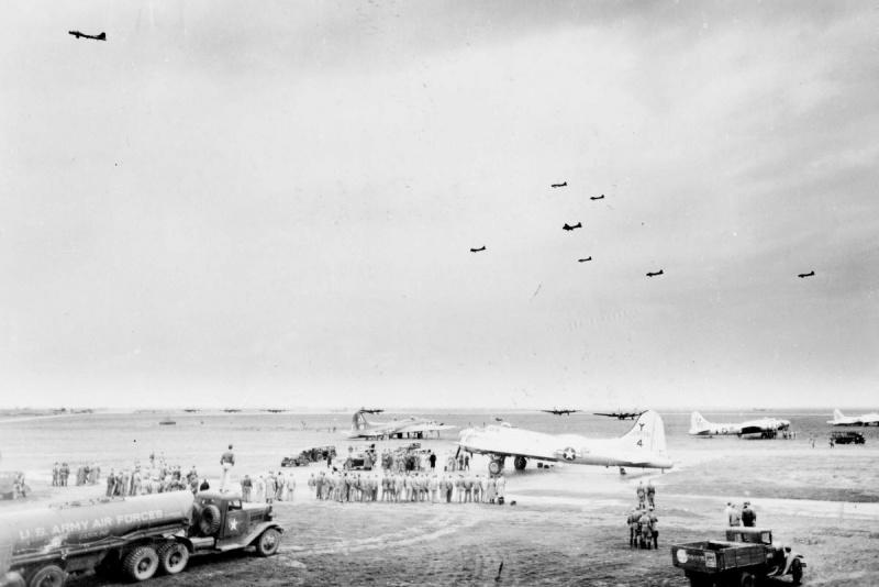 Общий вид аэродрома. Полтава 1944 г.