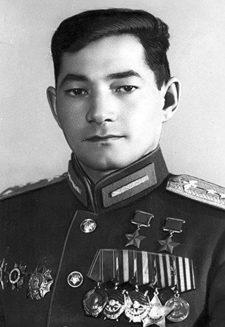 Дважды Герой Советского Союза Бегельдинов Талгат Якубекович (05.08.1922- 10.11.2014)