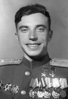 Дважды Герой Советского Союза Беда Леонид Игнатьевич (16.08.1960-26.12.1976)