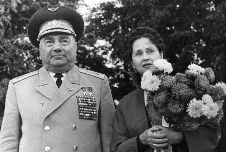 Лавриненков с супругой. 1988 г.