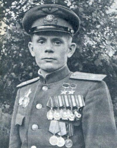 Дважды Герой Советского Союза майор Паршин. 1945 г.