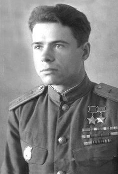 Дважды Герой Советского Союза Воробьёв Иван Алексеевич (26.08.1921-17.03.1991)