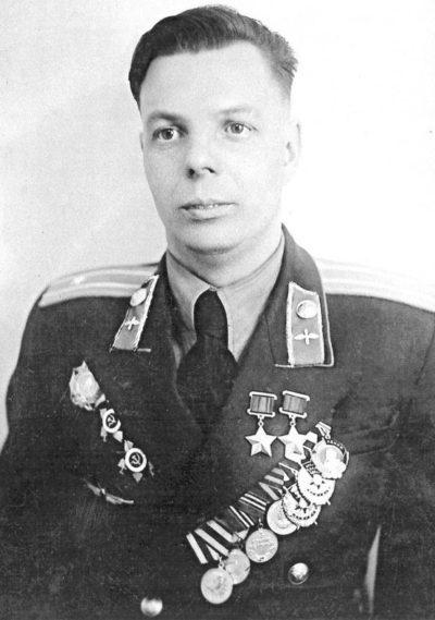 Дважды Герой Советского Союза Столяров Николай Георгиевич (22.05.1922-23.02.1993)