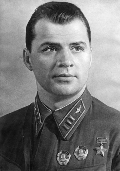 Дважды Герой Советского Союза Супрун Степан Павлович (20.07.1907-04.07.1941)