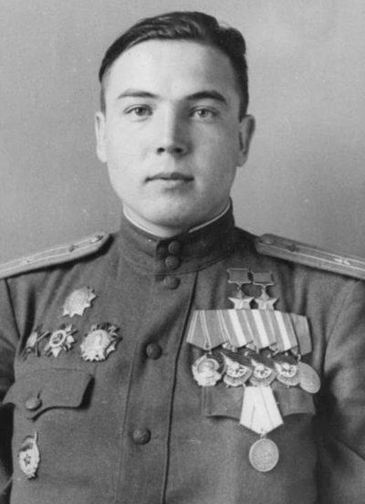 Дважды Герой Советского Союза Гареев Муса Гайсинович (09.07.1922 – 17.09.1987)