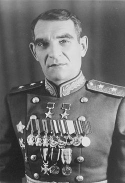 Дважды Герой Советского Союза Глазунов Василий Афанасьевич (20.12.1895-26.06.1967)