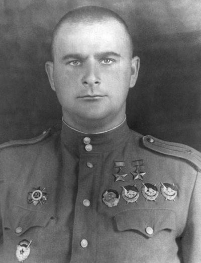 Дважды Герой Советского Союза Глинка Дмитрий Борисович (10.12.1917-01.03.1979)