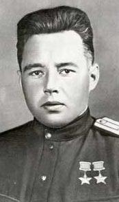 Дважды Герой Советского Союза Хохряков Семён Васильевич (31.12.1915-17.04.1945)