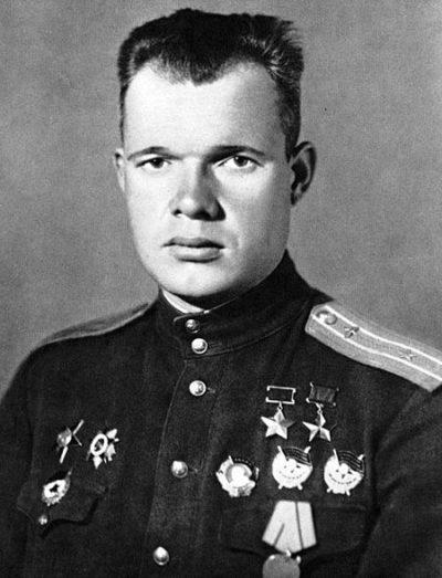 Дважды Герой Советского Союза Голубев Виктор Максимович (04.01.1916- 17.05.1945)