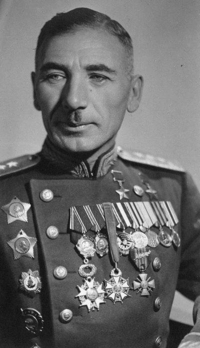 Герой Советского Союза генерал-полковник Плиев. 1945 г.