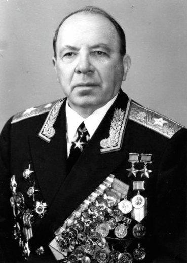 Дважды Герой Советского Союза Гусаковский Иосиф Ираклиевич (12.12.1904-20.02.1995)