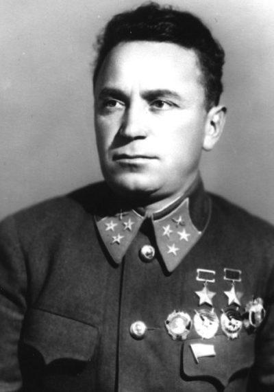 Дважды Герой Советского Союза Денисов Сергей Прокофьевич (12.12.1909-06.06.1971)