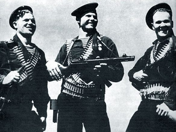 Участники Евпаторийского десанта. Январь 1942 г.