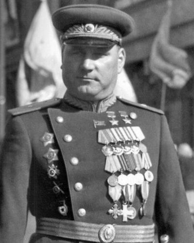 Дважды Герой Советского Союза Якубовский Иван Игнатьевич (25.12.1911-30.11.1976)