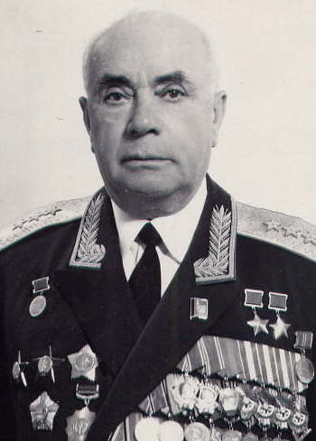 Дважды Герой Советского Союза Драгунский Давид Абрамович (02.02.1910-12.10.1992)