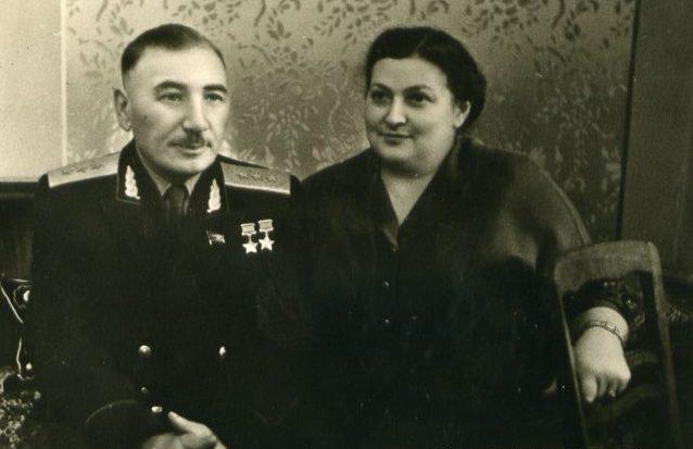 Генерал Плиев с женой. 1962 г.