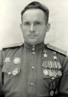Дважды Герой Советского Союза Камозин Павел Михайлович (03.06.1917-24.11.1983)