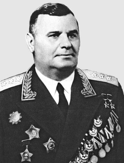 Дважды Герой Советского Союза Кравченко Андрей Григорьевич (18.11.1899-18.10.1963)