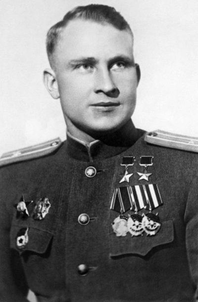 Дважды Герой Советского Союза Луганский Сергей Данилович (01.10.1918-16.01.1977)