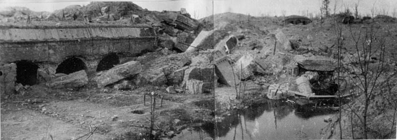 Взорванный форт №9 «Дона». Апрель 1945г.