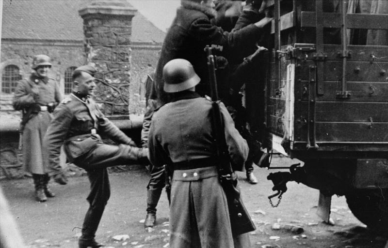 Депортация евреев из Краковского гетто. Март 1943 г.