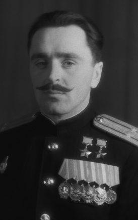 Дважды Герой Советского Союза подполковник Мазуренко. 1944 г.