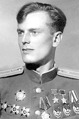 Дважды Герой Советского Союза Недбайло Анатолий Константинович (28.01.1923-13.05.2008)