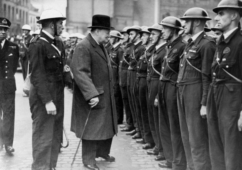 Черчилль в Ковентри. 1941 г.