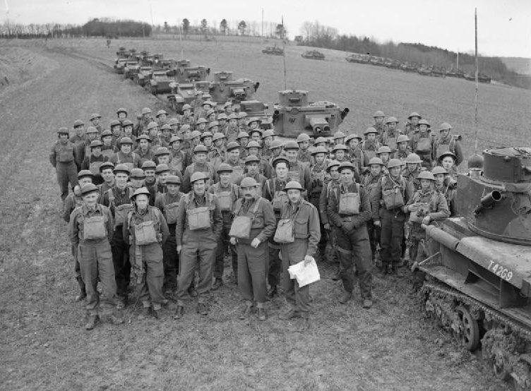 Легкие танки Mk-VI с экипажами. 19 марта 1940 г.