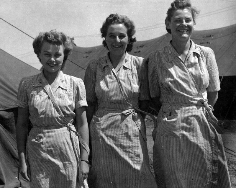 Американский вспомогательный персонал. Полтава. 1944 г.