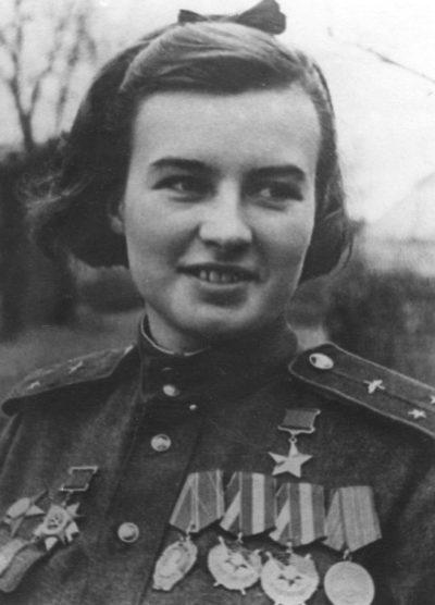 Герой Советского Союза лейтенант Меклин. 1945 г.
