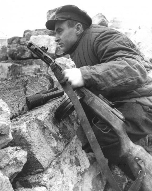Командир партизанского отряда в Крыму. 1942 г.