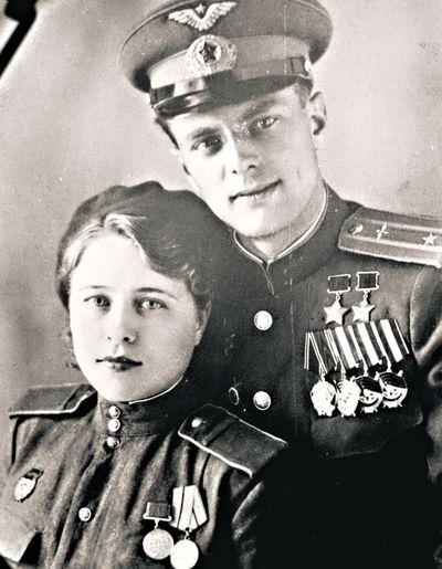 Майор Недбайло с супругой. 1946 г.