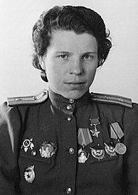 Герой Советского Союза майор Никулина. 1944 г.