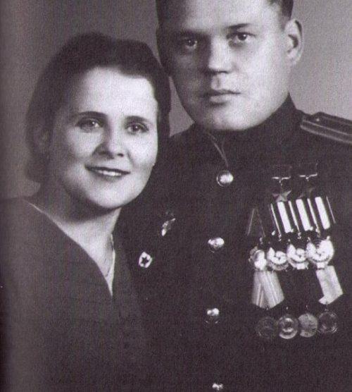 Речкаловы Григорий Андреевич и Анфиса Яковлевна. 1950 г.