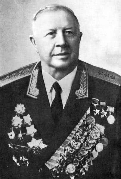 Родимцев. 1975 г.