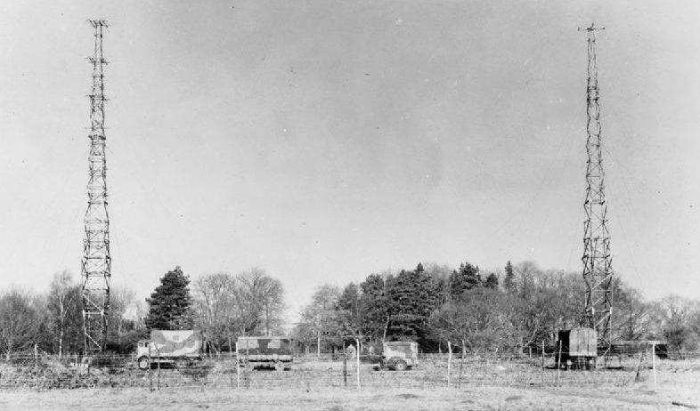 Мобильная РЛС AMES, развернутые в полевых условиях. 1940 г.
