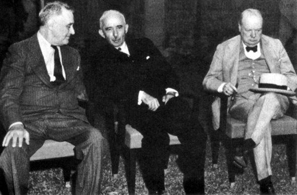 Президент Рузвельт, президент Турции Иноню, премьер-министр Уинстон Черчилль.
