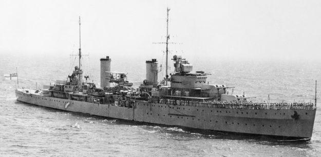 Австралийский лёгкий крейсер «Сидней».