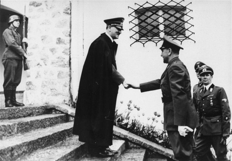 Анте Павелич на встрече с Адольфом Гитлером. 9 июня 1941 г.