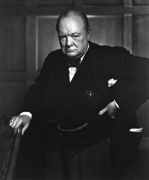 Премьер-министр Великобритании Уинстон Черчилль.