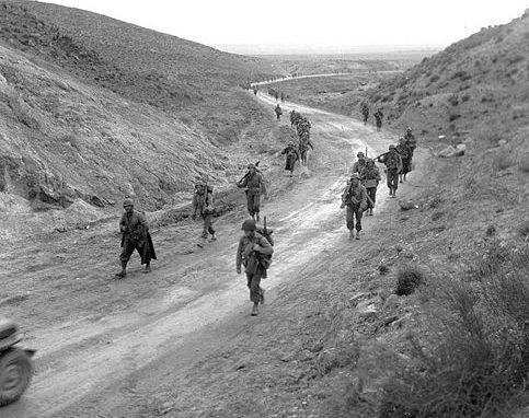 Солдаты США на перевале Кассерин.