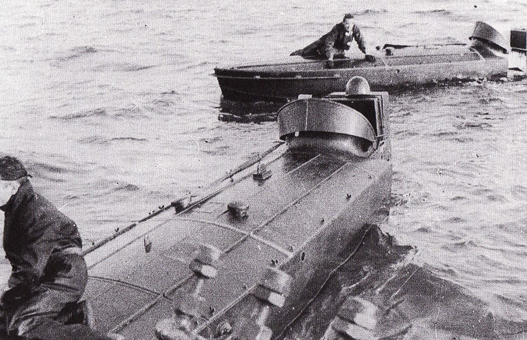 Катера типа МТМ в море.