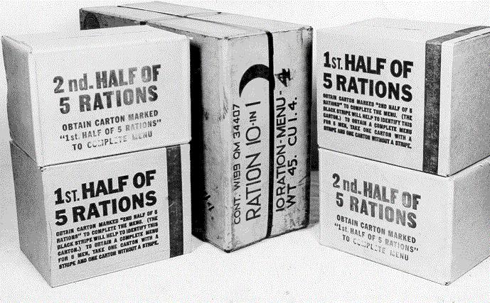 Ящики с набором продуктов рационов «5в1» и «10в1».