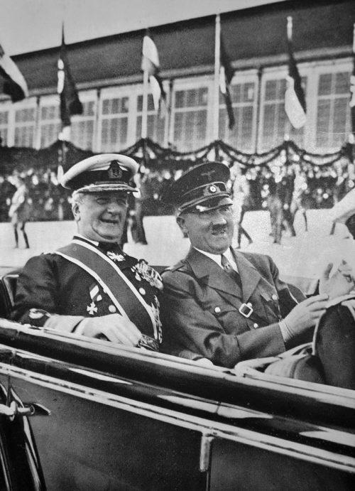 Миклош Хорти и Адольф Гитлер.