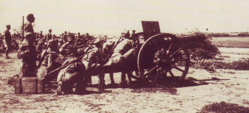 Итальянская артиллерия в Кассале.