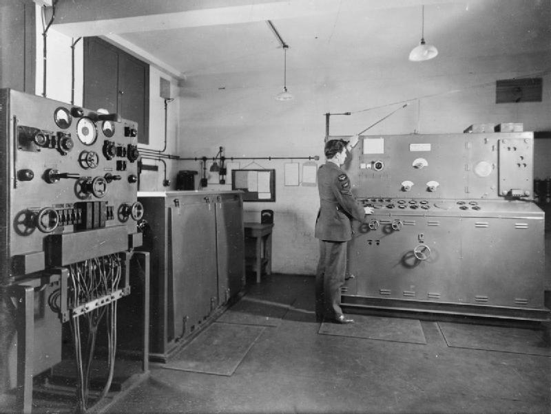 Подземные бункеры управления РЛС типа AMES. 1940 г.