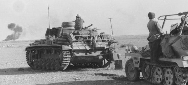 Немецкие танки в бою.