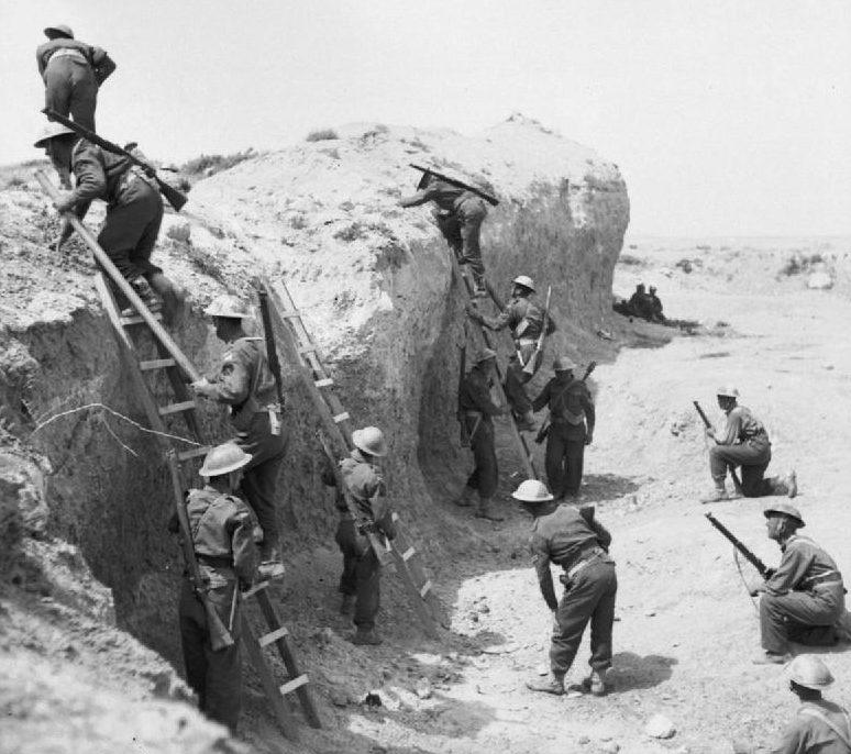 Подготовка британцев к штурму Марет-линии.
